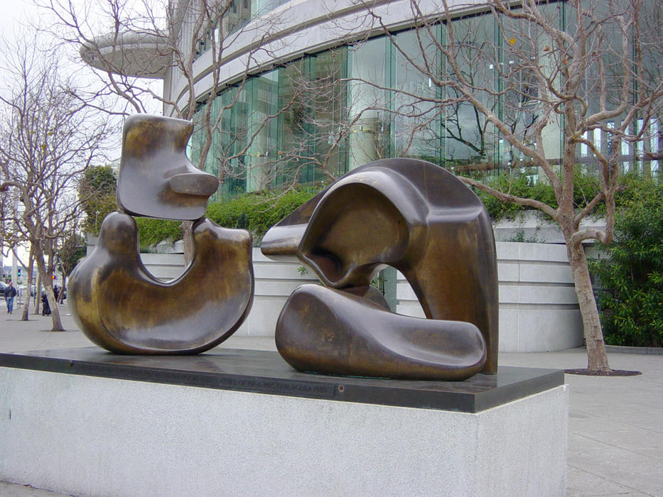 henrymoore5piecefigure, scultura di Henry Moore (1898-1986, United Kingdom)